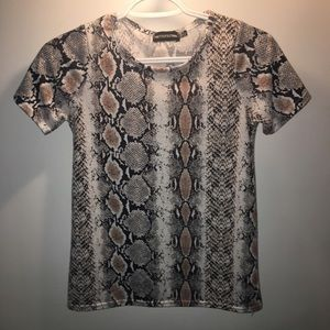 Snake t-shirt from missguided never ever worn